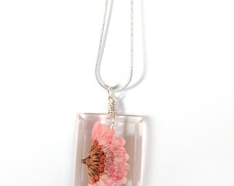 Pink Daisy  Necklace - Real Flower Encased in Resin - Pressed Flower Jewelry - Wire Wrapped Pendant - Resin Jewelry - Pink Flower Daisy