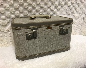 Train Makeup Small Case Suitcase Supply Storage