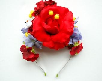 Red Blue Flowers Bridal Headband, Frida Wedding Hair Accessories, Red Roses Bridal Headband, Boho Halo Prop, Hydrangea, Carmen Miranda
