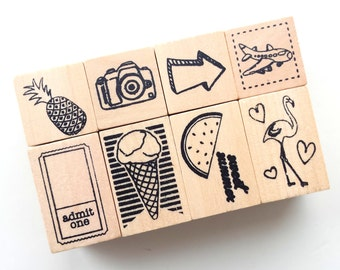 Wooden rubber stamp set, 8 stamps (flamingo, pineapple, plane, camera etc..)