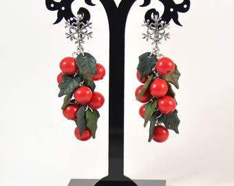 Holly Christmas earrings - Berry earrings - Polymer clay - Handmade dangle earrings - Long earrings - Red berries