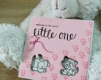 Carte de Bienvenue Bébé carrée Welcome to the World - Little One + enveloppe coordonnée