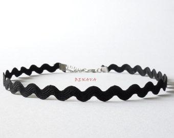 Choker chain shaft black crochet