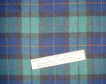 """À carreaux en flanelle, Black Watch, fil teintée à carreaux, Tartan, 60"""" de large, bleu marine, vert, BIE"""