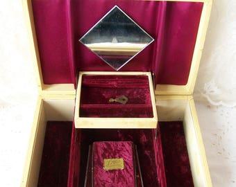 Vinyl jewelry box Etsy