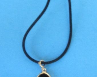 Hand Crafted Drop Black Necklace with Rope Chain and Pendant - Jewelry