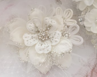 Ivory Crystal & Diamante Beaded Flower with birdcage
