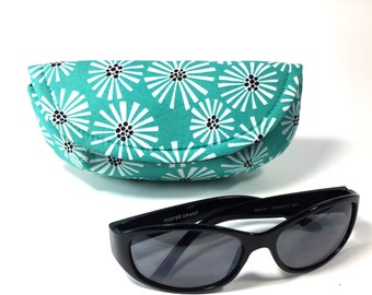 Sunglass case or eyeglass case blue daisy sunglasses case mini clutch eyeglass holder case for glasses sunglass holder eyeglass holder