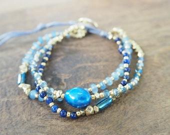 Blue freshwater pearl bracelet.
