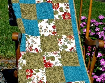 Turquoise & Roses Quilt