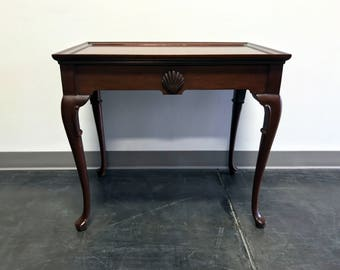 Mahogany Queen Anne Style Tea Table