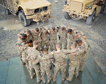 Military Prayer Circle Wooden Print Wrap