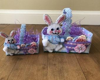 Vintage Set Of 2 Handmade Easter Plastic Canvas And Yarn Baskets