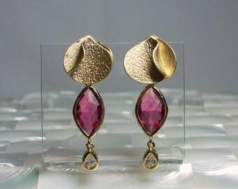 Stud Earrings, Glass Earrings, Dangle Earrings, Ruby and Gold Earrings, Long Earrings, Fashion Jewelry, Modern Jewelry, Textured
