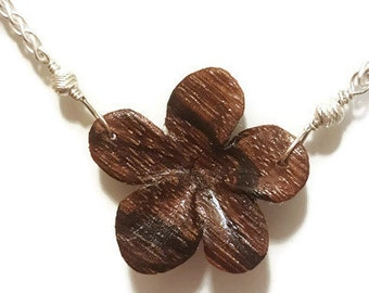 "Zebrawood Flower Necklace - 18"""