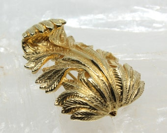 Vintage Castlecliff Baroque Style Leaf Brooch Pin Gold Tone