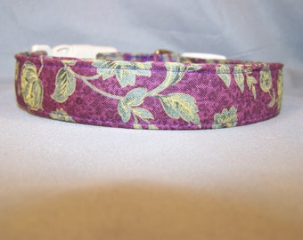 Green Scroll on Purple Dog Collar