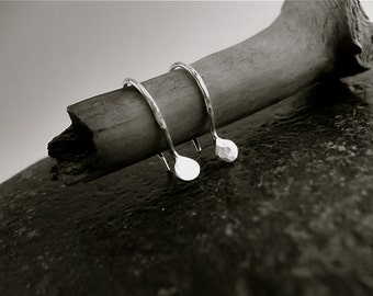 TeArDrOpS... sTeRLiNG SiLvEr EaRRiNgs