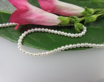 Dream chandelier: Seed Bead Strand, 2.5-3 mm AFFORDABLE quality!!!