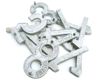 FRENCH VINTAGE 1950's , Set of 13 Metal / Aluminium Numbers , Industrial / Loft / Atelier Decor / Display , Craft Furniture , Made in France