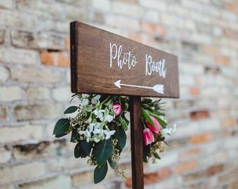 Wedding Photo Booth Directional Arrow Sign, Rustic Woodland Wedding Sign, Wood Wedding Arrow, Wedding Wood Sign, Photo Booth Sign