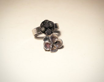 Silver handmade flower ring with gemstone cluster accent