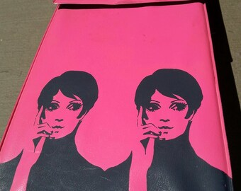 Vintage Carousel Hot Pink Twiggy Wig Box - Very Rare Design!
