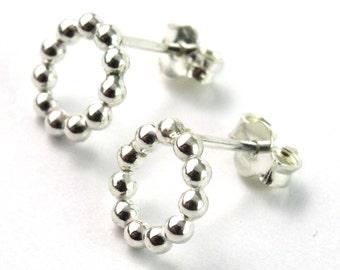 Beaded Wire Circle Stud Earrings