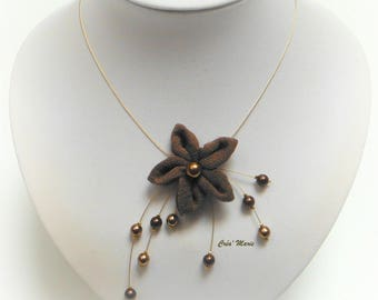 Amelie - Brown flower ceremony necklace