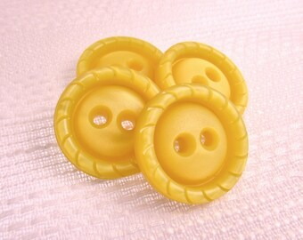 "Sunny Daffodil: Large 1-1/8"" (28mm) Yellow Buttons - Set of 4 Vintage Matching New / Unused Nouveaute Buttons"