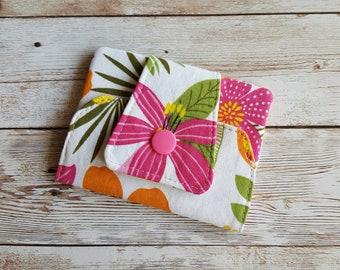 Card wallet | card holder | travel wallet | loyalty card keeper | minimalist wallet | credit card case | flowers | hawaii