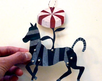 2 Printable Candy Zebra Paper Puppet Dolls for Gift Tags, Garland, Paper Crafts, Red, Green