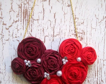 Poppy Red Rosette Statement Necklace, Red Ombré Necklace, Rosette Bib Necklace, Red Flower Necklace, Bridal Jewelry, Handmade