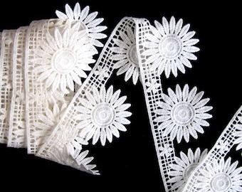 Tardian Daisy Lace Trim,Offwhite Lace Trim,Trim Lace,Lace Flower, Venice Lace,diy craft,costume embellishment,Flower Lace/Listing for 1Yard
