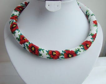 White red floral necklace Red flowers necklace Poppy crochet necklace Crochet jewelry Beaded rope Floral jewelry Unique necklace