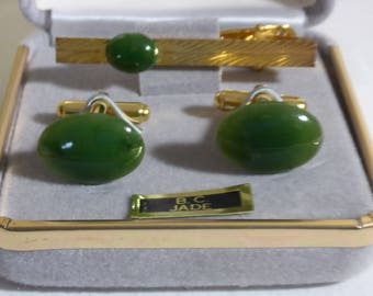 Vintage B.C. Jade (Nephrite) Cuff Links & Tie Clip set by Feng Yuan Jewellery British Columbia Canada