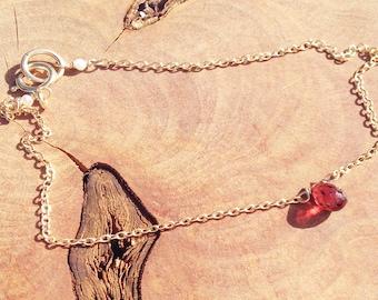Garnet Bracelet - January Birthstone - Red Garnet Bracelet - Gold Garnet Bracelet - Natural Garnet - Dainty Bracelet - 14k gold filled