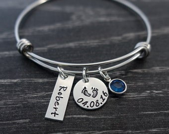 Mother Bracelet / Wire Bangle / Mother Gift / Charm Bracelet / Personalized / Hand Stamped