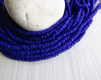 mini blue rondelle lampwork glass beads delicate, opaque semi matte  tone , Indonesian  discs 1 to 1.5 x 2.5 mm / 22 inch  7bb13-11