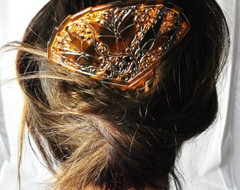 1940s oriental hair comb in celluloid plastic