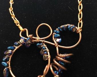 Art wire woven pendant