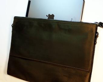 Leather Shoulder Bag - Envelope Bag - Wrist Strap Bag - Green Leather Woman Bag