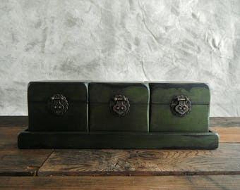 Chinese Boxes (re)Designed in Irridescent Green