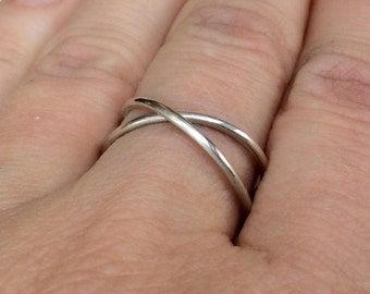 sterling silver criss cross infinity ring - minimalist x crossing ring - solid design - comfortable fit
