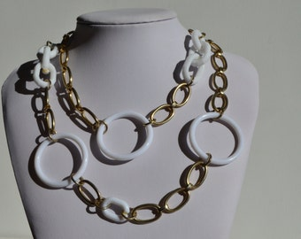 Vintage Gold White Lucite Open Circle Modernist Chain Necklace