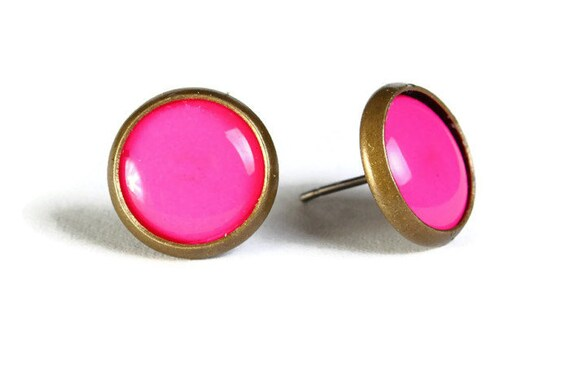 Pink hypoallergenic stud earrings (506)