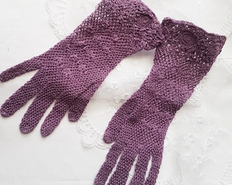 1940's Style Crochet Gloves in Dark Lilac, Vintage Gloves, Wedding Gloves, WW2 costume, 1950's, theater