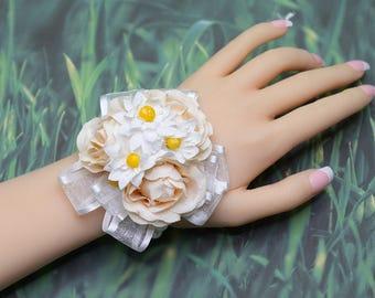 Wedding Wrist Corsage, Beige Silk Flower with Pearls Wrist Corsage, Bride Bridesmaids Corsage Gift, Bridal Prom Wedding Bracelet YQL013
