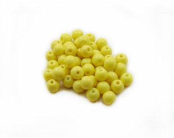 Yellow Glass Beads, Glass Beads, Yellow Beads, 6mm Beads, Round Beads, Jewelry Beads, Jewelry Making, DIY Beads, 30pcs Yellow Beads