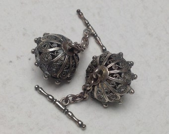 Vtg Gorgeous Sardinian Filigree and Granulated Silver Cufflinks